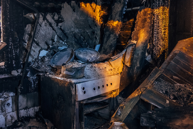 How to Handle a Kitchen Fire