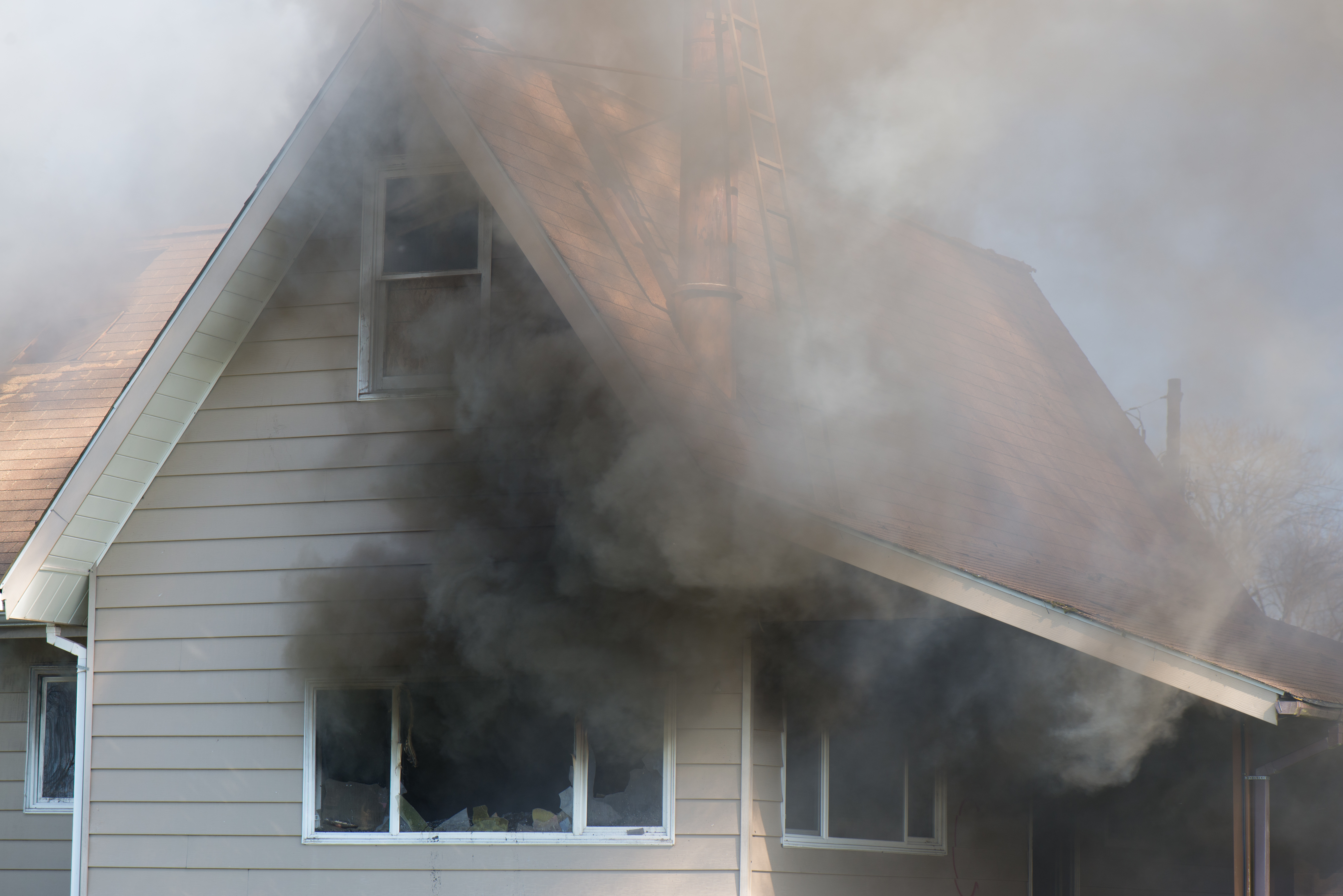 How to Clean Ceilings with Smoke Residue