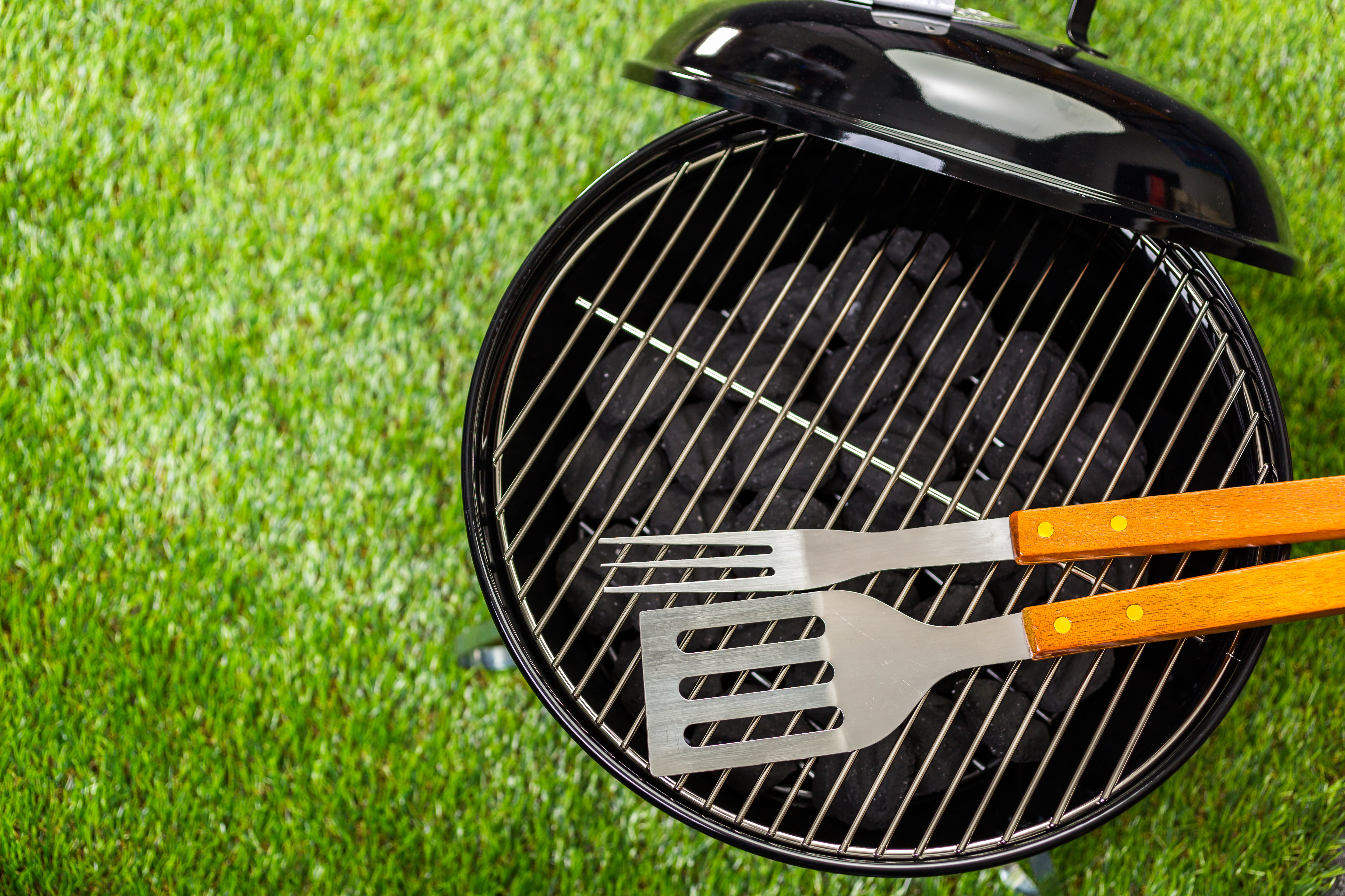 Grilling Safety: The Do's and Don'ts of Cooking Outside